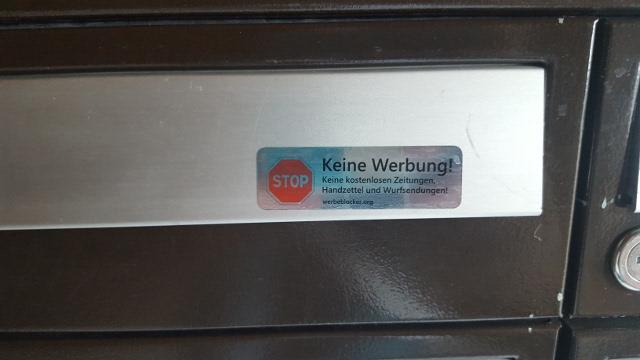 Keine Werbung Sticker am Briefkasten
